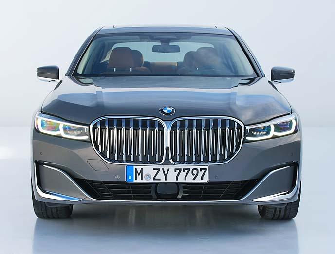 新型BMW7シリーズのキドニーグリル
