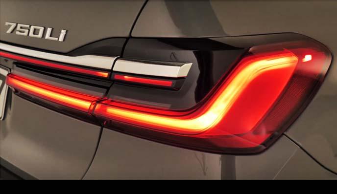 新型「7シリーズ」のテールランプ
