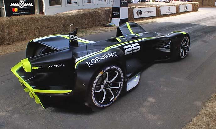 完全自動運転車「Roborace」