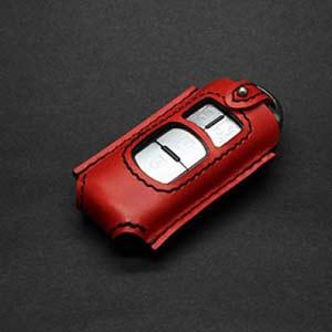 おすすめの革茶屋 マツダ3~4ボタンのスマートキーケース