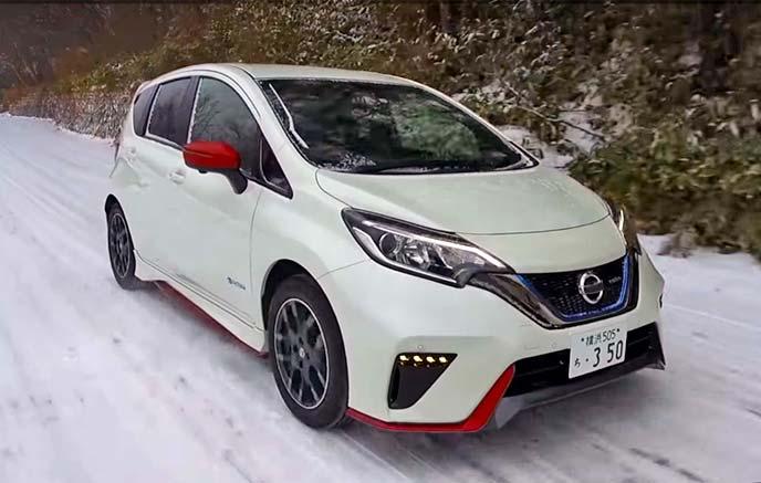 雪道を行くノートe-power NISMO S