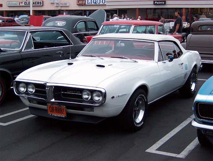 ポンティアック ファイヤーバード 1967年モデル