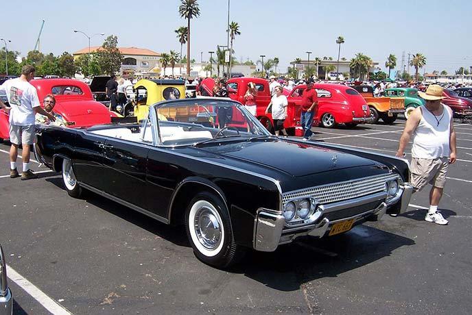 リンカーン コンチネンタル 1961年モデル