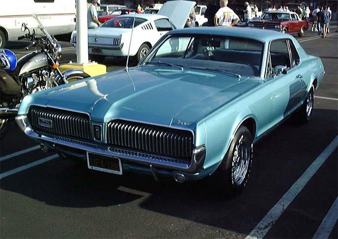 フォードマーキュリー クーガー1967年モデル
