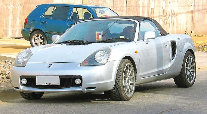 トヨタMR-S前期型
