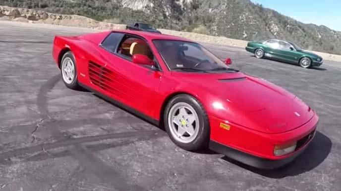 1984年から1992年に販売していたフェラーリのテスタロッサ