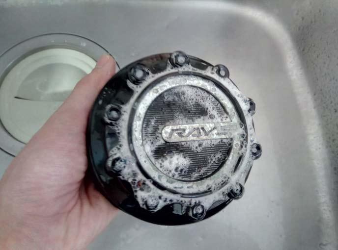 メッキクリーナーを使う前の洗浄