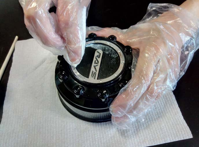 メッキパーツの手磨き