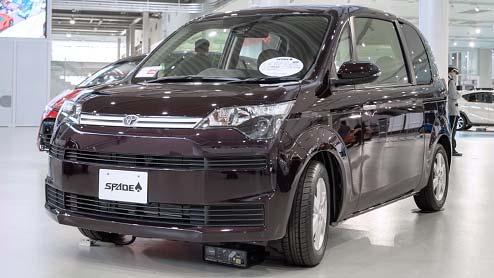 スペイドがマイナーチェンジで安全装備を充実化!同時に特別仕様車のFノーブルコレクションを新設定