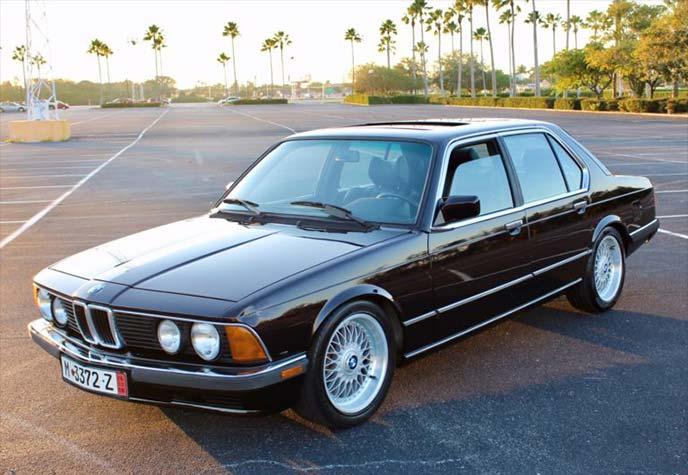 BMW735i 1985年モデル