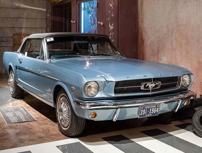フォード マスタング 1964年モデル