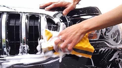 洗車の方法はどうするの?自宅で行うなら洗う道具を揃えて曇りの日がベスト