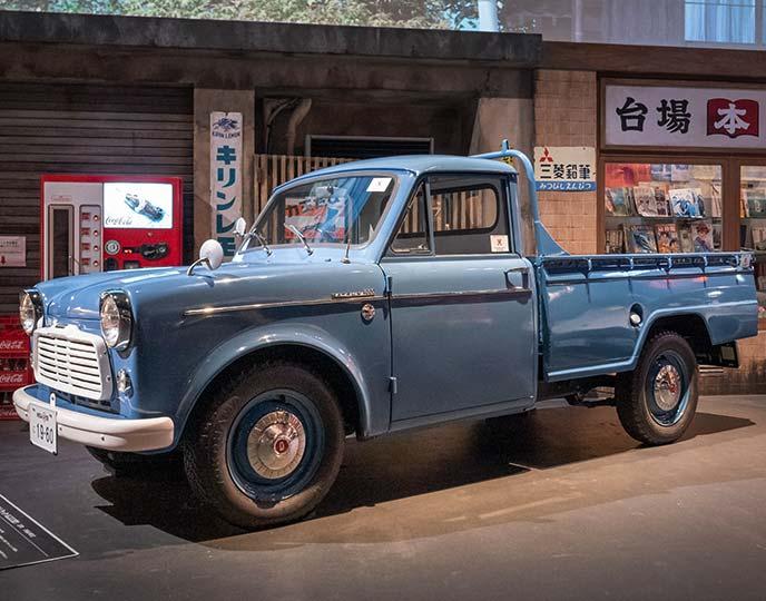 ダットサン 1000 トラック(G222型)1960年式のサイドビュー