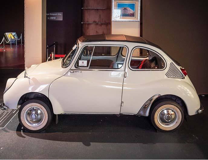 1966年式 スバル360 K111型の左サイドビュー