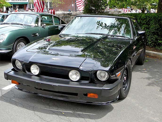 V8 ヴァンテージ1982年式
