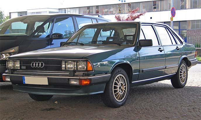 アウディ200 C2系