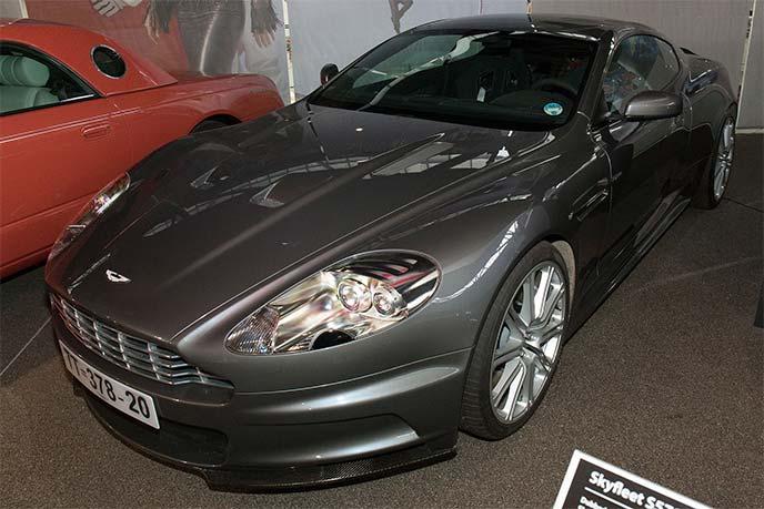 『007カジノ・ロワイヤル』のボンドカーDBS V12