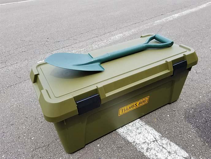 「雄峰パイプ柄丸型ショベルミニ#3580」は一般的な800mmサイズの収納ボックスに収納可能