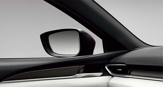 MAZDA6は前方視界を広く確保し安全運転に貢献