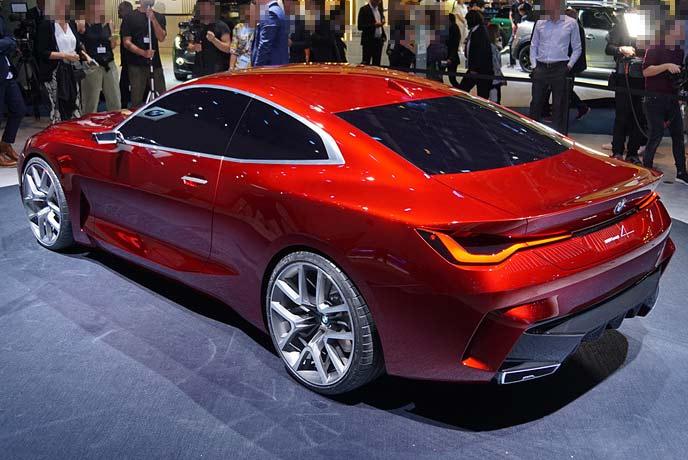 BMWコンセプトモデル「コンセプト4」のリアスタイル