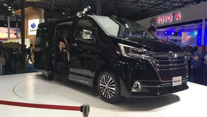 トヨタの新型ワゴン「グランエース」