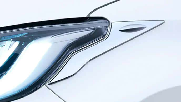 新型ヤリスのモデリスタのヘッドランプガーニッシュ