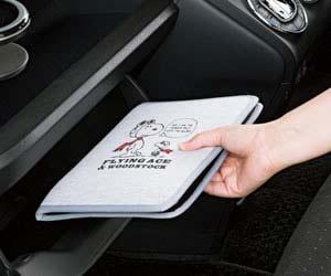 おすすめの車検証入れボンフォーム フライングスヌーピー 車検証ケース 7538‐32
